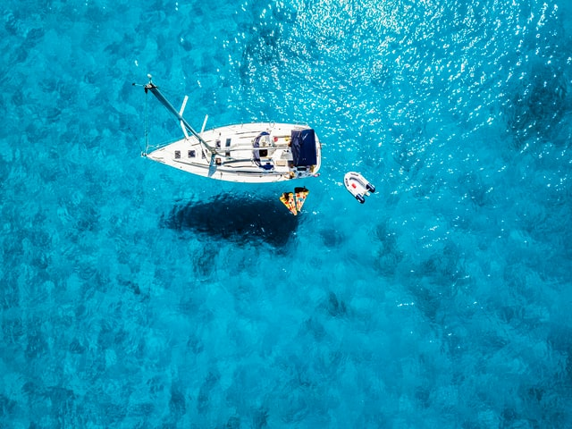 Tips for Picking Out Your First Boat